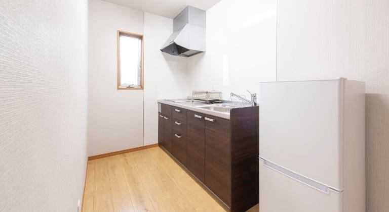 宿泊施設(2F):キッチン